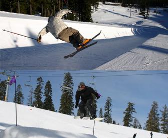 Snowboarding vs Skiing